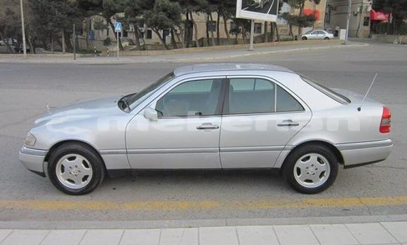 Buy Used Mercedes‒Benz C–Class Silver Car in Yerevan in Yerevan
