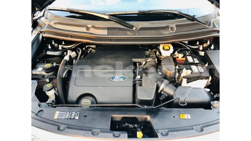 Big with watermark ford explorer aragatsotn import dubai 4016